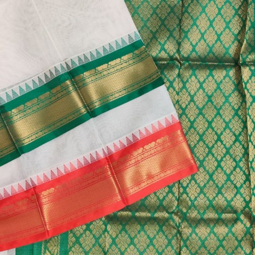 Gadwal pure handwoven cotton saree with Gangajemuna Kuttu Border