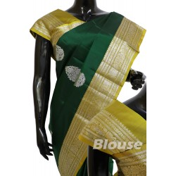 Kanchi Pattu Light weight Silver Attractive Motifs