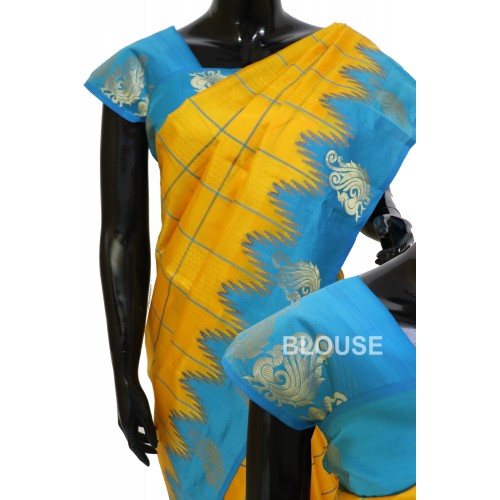 Kanchi Pattu Traditional Look Cheks with Temple Border