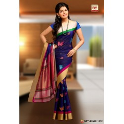 Light Weight pattu celebrity Style