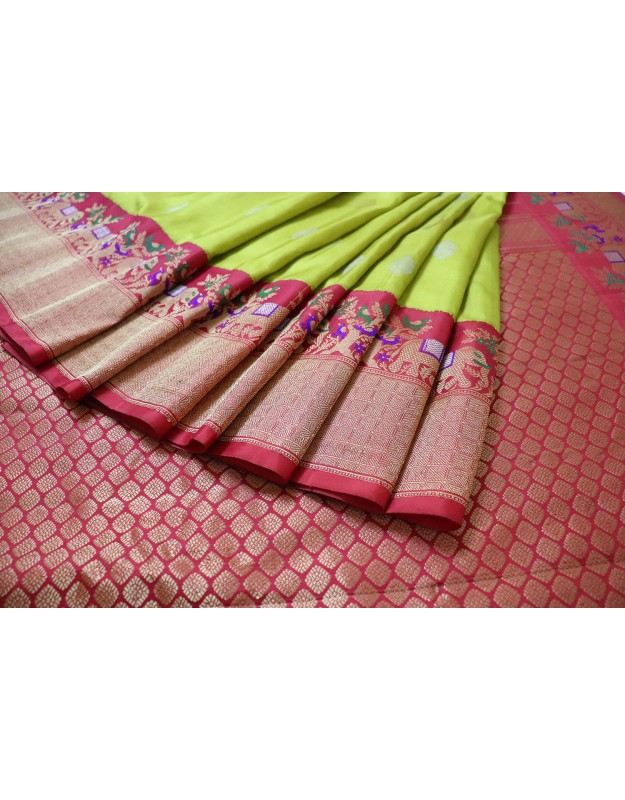 Gadwal Pure Silk With Unique Paithani Border