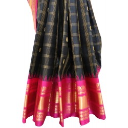 Gadwal Pure Silk with Zari Cheks Butta Gangajemuna Border