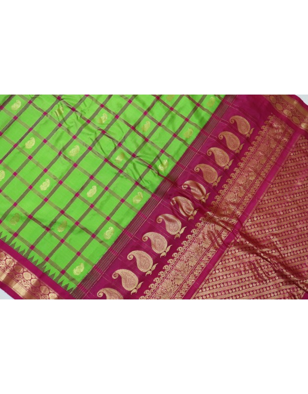 Gadwal Pure Silk Cheks Green with Pink Attractive Combination